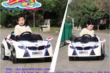 Xe ô tô điện trẻ em đã trở thành một món đồ chơi cần thiết cho mọi trẻ em