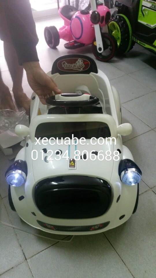 ô tô điện 9888