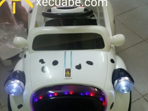 ô tô điện trẻ em 9888