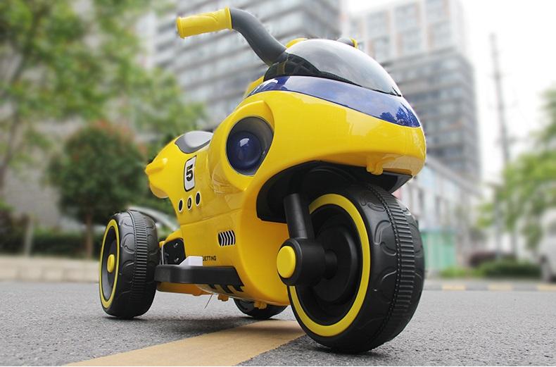 xe-máy-điện-cho-bé-YH-99125-ảnh-nền