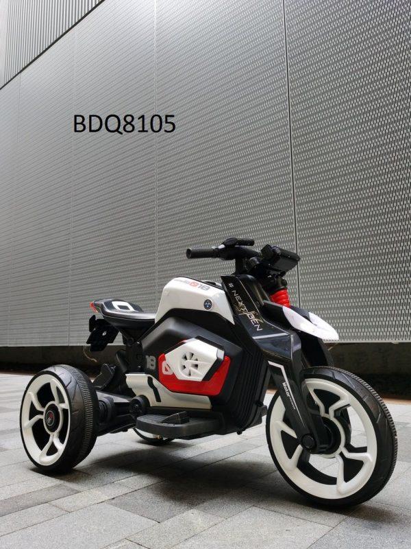 sạc-xe-dien-trẻ-em-600x800